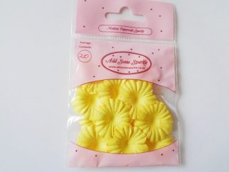 Pack of 20 Paper Blossom Flowers (approx 25mm in diameter) Yellow