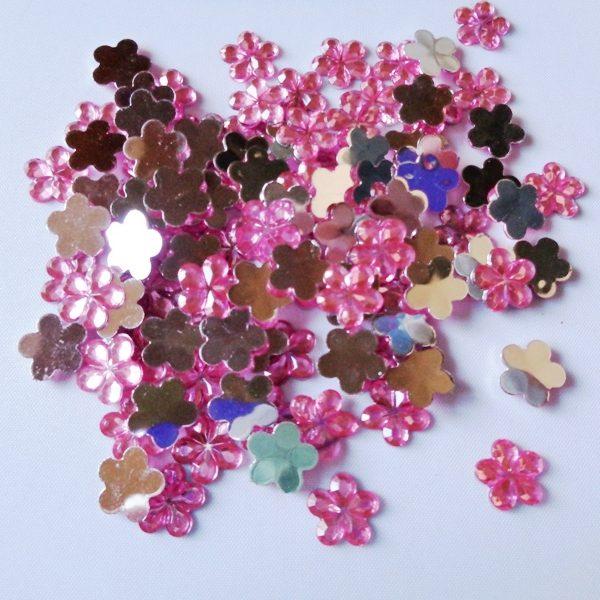 100 x 10mm Acrylic Gem Flowers Pink