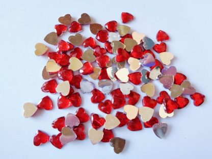 100 x 8mm Acrylic Heart Gems Red