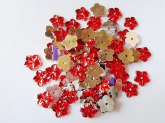 75 x 12mm Acrylic Petal Flowers Red