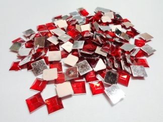 100 x 8mm Acrylic Squares Red