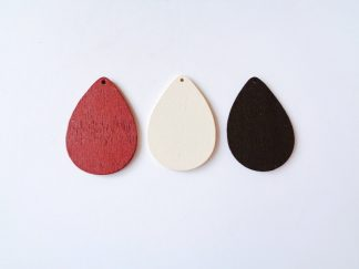Pack of 3 wooden teardrop shaped pendants